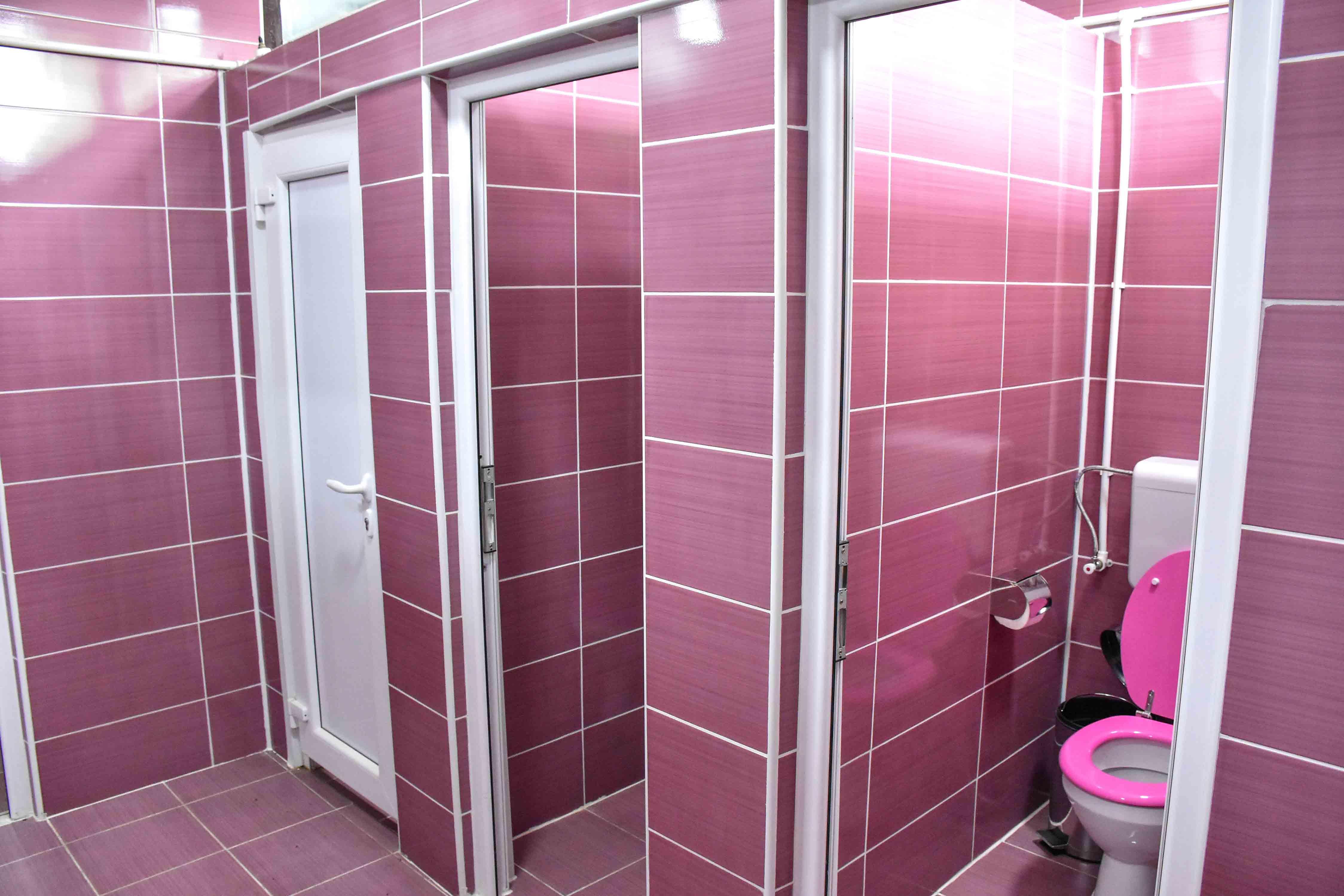 Zenski WC 3